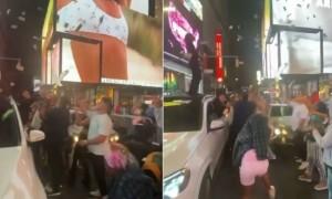 Rich the Kid distribue des liasses de billets à Times Square (Vidéo)