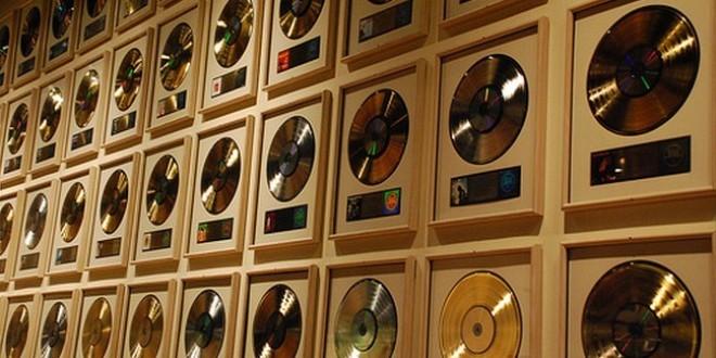 Combien gagne un rappeur en étant disque d'or?!