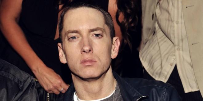 Eminem célèbre 11 ans de carrière sans consommer de la drogue !