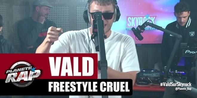 Vald vient de battre le record du plus long freestyle enregistré dans Planète Rap ! (Vidéo)
