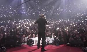 """Kery James chante """"Banlieusards"""" en chœur avec 20 000 personnes àl'AccorHotels Arena ! (Vidéo)"""