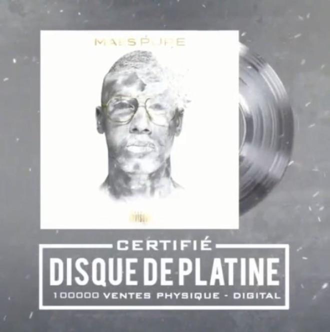 L'album ''Pure'' de Maes est certifié disque de platine !